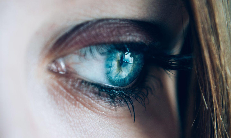 Tips On How To Grow Longer Eyelashes